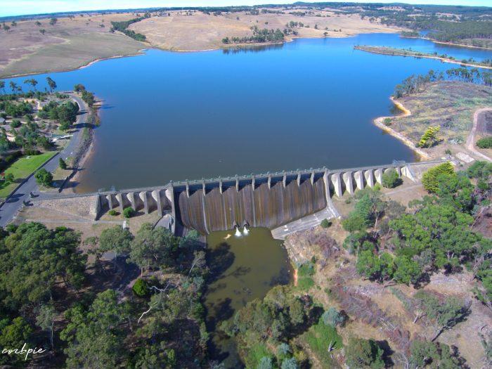 Lauriston reservoir wall