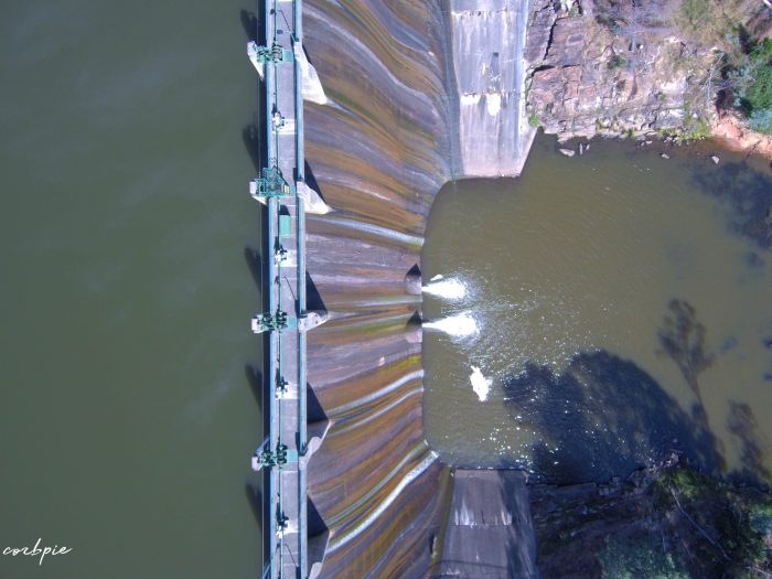 Lauriston reservoir dam wall from above 2