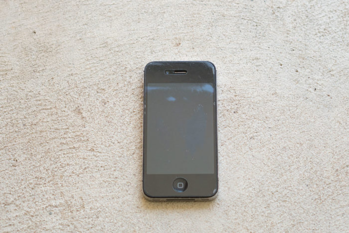 iPhone 4s face up